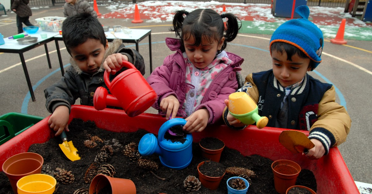 Children working in sandpit